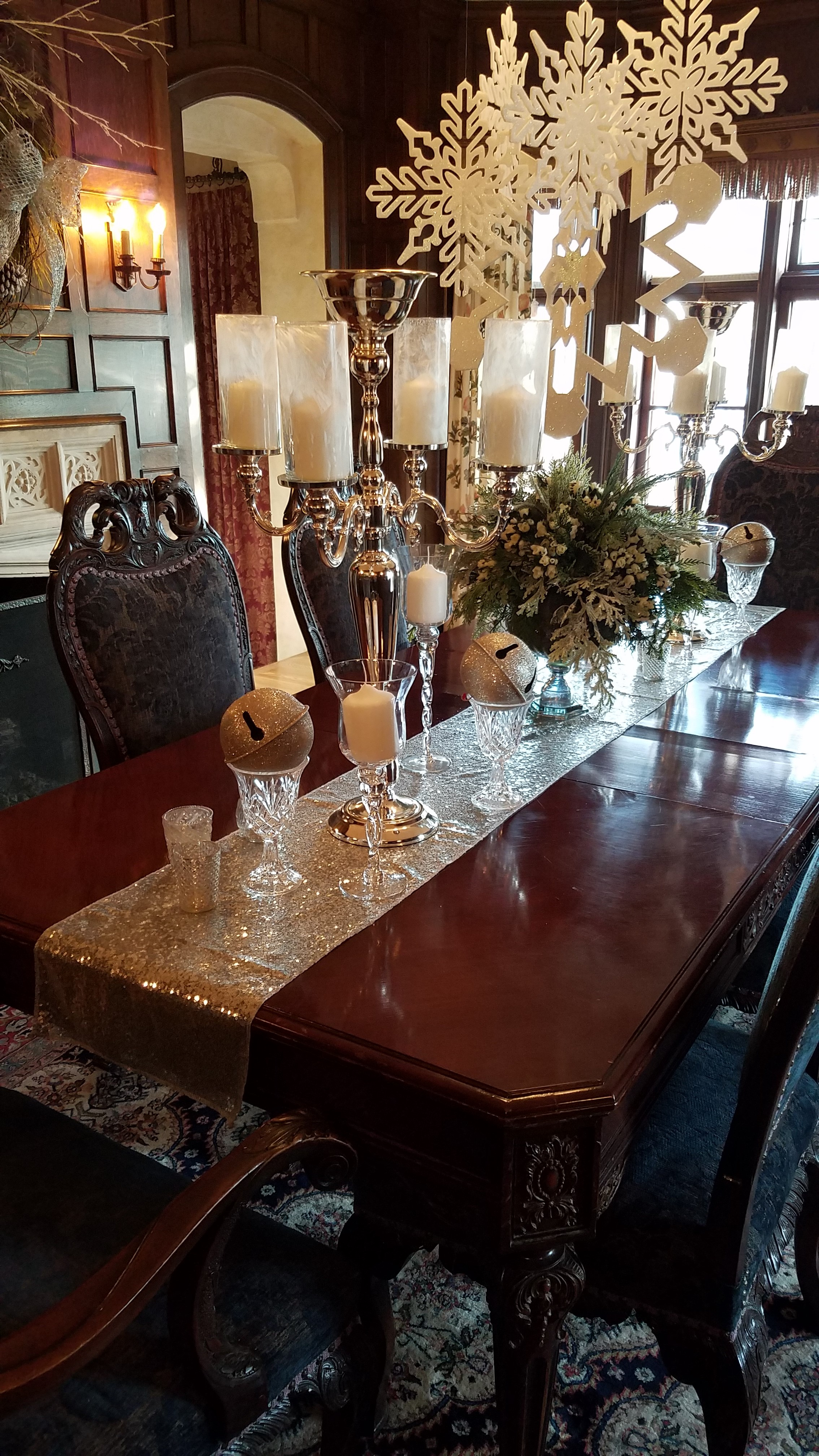 W.K. Kellogg Manor House Dining Room Table