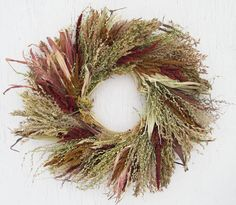Example of a freshly made corn tassel wreath