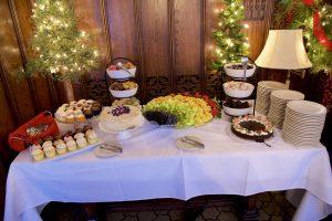 Brunch fruit and dessert offerings