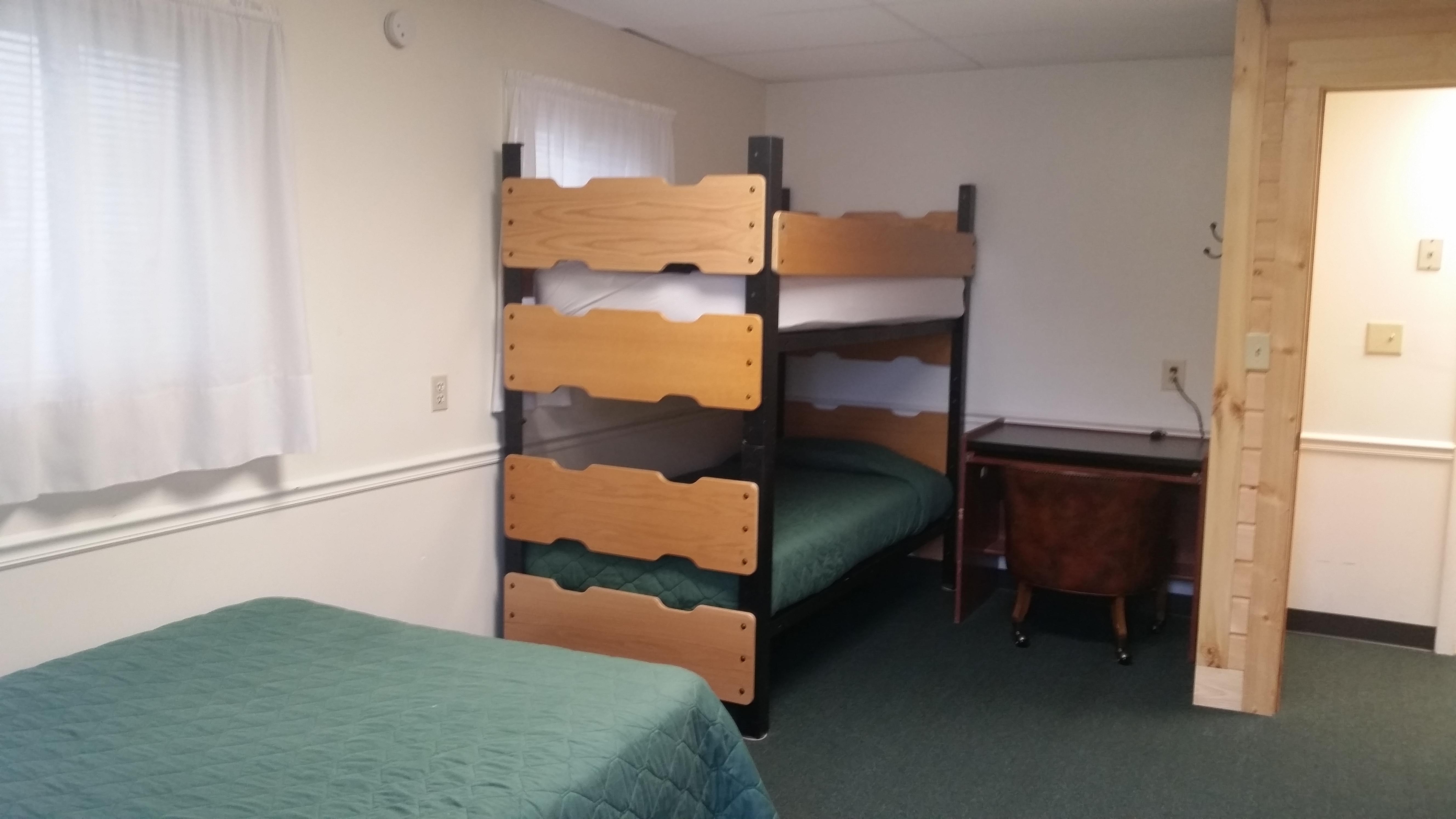Cabin A – Bedroom 1
