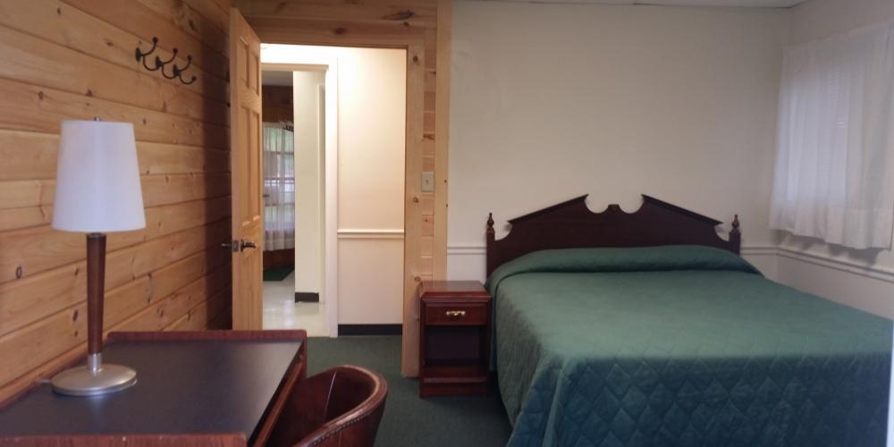 Cabin A – Bedroom 2