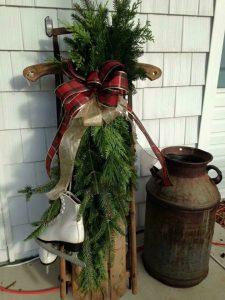 Evergreen holiday arrangement